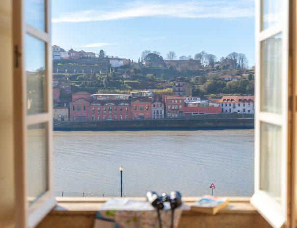 happy-porto-hostel-porto-hostels-porto-elcamino-santiago-jakobs-weg-st-james-way-hostels-in-porto-hostels-porto-hostels